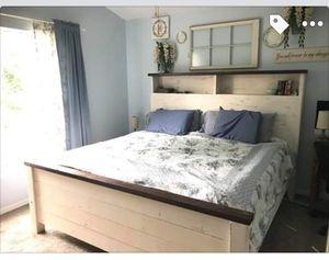 Platform Wooden Bed Frame for Sale in Winter Haven, FL