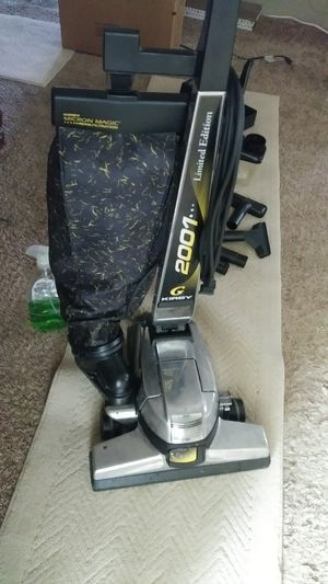 Kirby vac and shampooer for Sale in Colton, CA