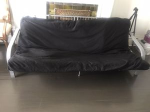Free Futon/Couch for Sale in Chicago, IL
