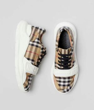 Burberry new brand for Sale in Hollywood, FL