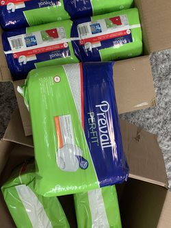 Adult Disposable Diapers Size Medium. 7 Packs For 28$ PRICE FRIM for Sale in Auburn,  WA