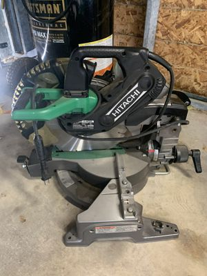 Hitachi table saw comes with the bench for Sale in Crandall, TX