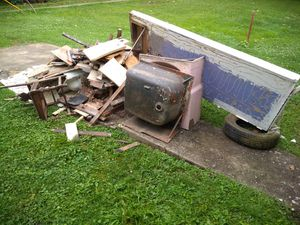Clean up crew/ debris/ move outs/ demo/ for Sale in South Zanesville, OH