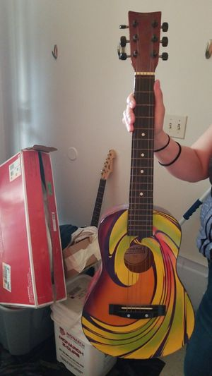 Acoustic guitar (childs) for Sale in Cleveland, OH