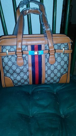 New Vintage Summer and Fall Messanger Crossbody Bag Light and dark Brown with dust bag. for Sale in Scottsdale, AZ