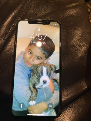 iPhone X unlocked for any sim paid off no Lease 256 gig storage for Sale in Fresno, CA