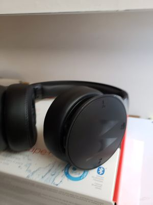Motorola Bluetooth Headphones for Sale in Lake Worth, FL