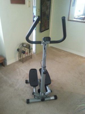 Sunny Health & Fitness Eliptical for Sale in Tacoma, WA