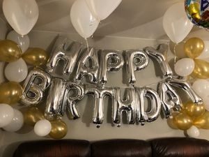 20 inch 13 balloons banner ,11 gold shiney 15 white balloons for Sale in Bothell, WA