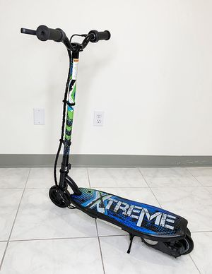 "Brand new $70 Kids Teens Electric Scooter Hand Brake Kick Stand Rechargeable Battery (29x8x35"") for Sale in Downey, CA"