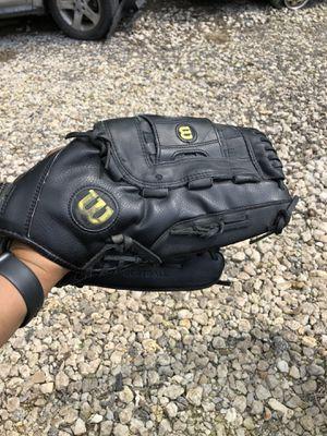 Wilson softball glove for Sale in Austin, TX