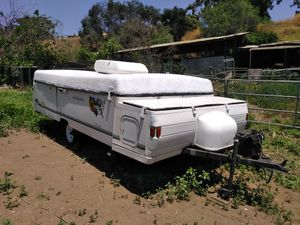 2000 Coleman pop tent camper for Sale in Los Angeles, CA