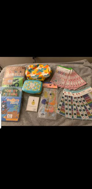 KIDS SUPPLIES BUNDLE for Sale in Miami Gardens, FL