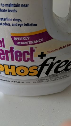 3L Pool Perfect + Phos Free for Sale in Queen Creek, AZ
