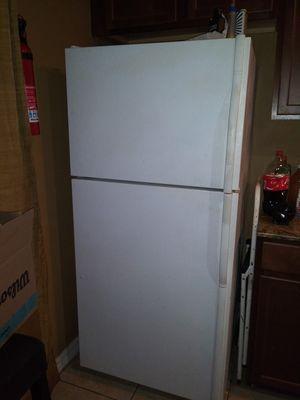 Kitchen Refrigerator for Sale in Ruskin, FL