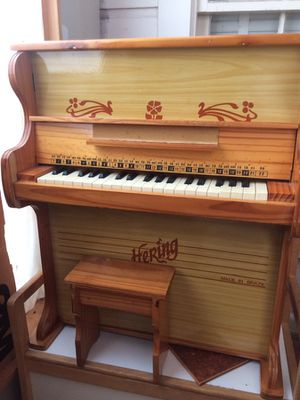 Kid's Hering Piano for Sale in Houston, TX
