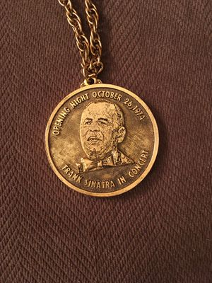 Frank Sinatra collector medal for Sale in Independence, OH
