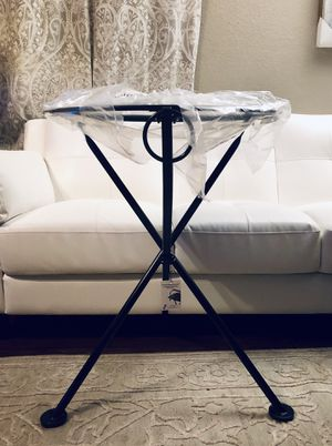"""⭐️New Designhouse Round European cafe 3-leg Folding Bistro Table 28""""H⭐️RETAILS for over $500⭐️ PICK UP BY ASHLAN AND TEMPERANCE IN CLOVIS for Sale in Clovis, CA"""