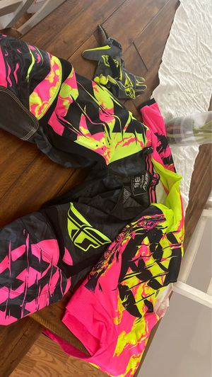 Dirt bike/ 4 wheeling riding gear for Sale in Mitchell, IL