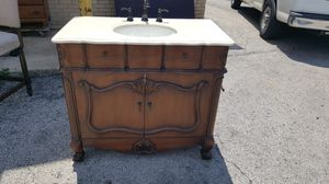 Super Nice Bathroom Vanity Sink With Faucet for Sale in Chicago, IL