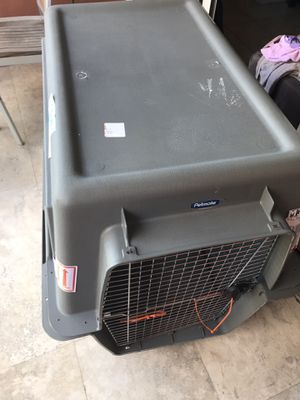 Large Dog Travel Kennel (and other items) for Sale in Miami, FL