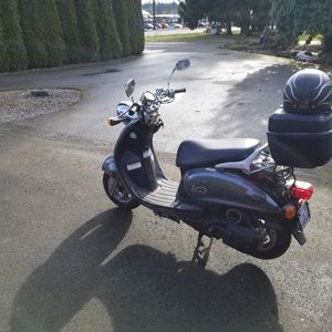 2005 Yamaha Vino 125 Scooter for Sale in Snohomish, WA