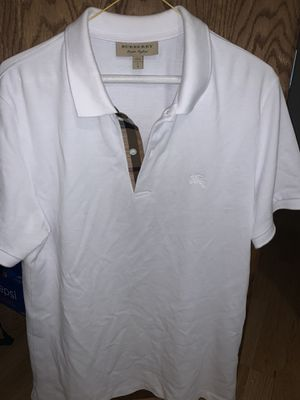 Men's Burberry polo size Large worn 2x $100 firm for Sale in Waukegan, IL
