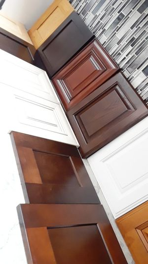 Kitchen cabinets and countertops ( complete kitchen and bathroom remodel) for Sale in Long Beach, CA