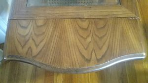 Beatiful antique coffee table with fold downfeafs.. for Sale in Everett, MA