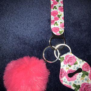 Wristlet Keychain With Pompom for Sale in Fresno, CA