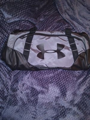 Under armour duffle bag for Sale in Oregon City, OR