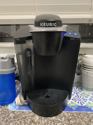 Keurig coffee maker for Sale in Palmetto Bay, FL