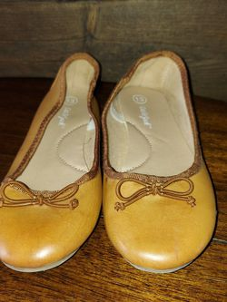 Girls Shoes Size 13 for Sale in Alvarado,  TX