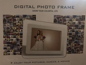 Digital picture frame for Sale in Saint Robert, MO