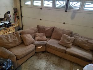 3 piece sectional couch for Sale in Arlington, TX