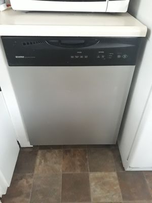 Dish washer kenmore for Sale in Haysville, KS