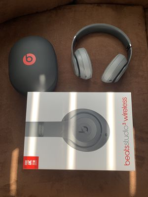 Beats Studio 3 wireless headphones for Sale in Westland, MI