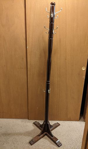 Coat tree, coat hanger, with 15 hooks, 6 ft tall for Sale in Columbus, OH