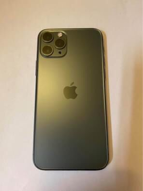 iPhone 11 Pro 256GB Midnight Green UNLOCKED for Sale in Lebanon, PA