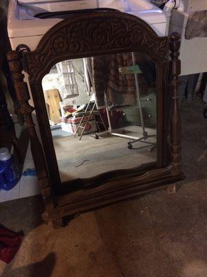 Antique mirror for Sale in Trenton, NJ