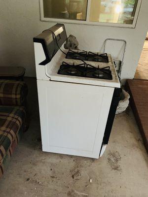 Kitchen gas stove for Sale in Auburn, WA