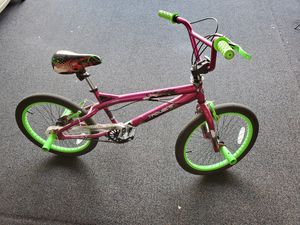 Very Nice (hardly used) Kids Bike for Sale in Glendale, AZ