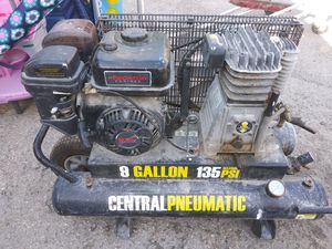 Good Condition gas compressor for Sale in Pompano Beach, FL