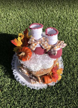 NEW! Small Diaper Cake, Autumn Themed, Fall Diaper Cake, One Layer Diaper Cake, Baby Shower, Baby Gift, Baby Girl, Mom to be Gift for Sale in Shadow Hills, CA