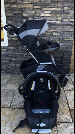 EVENFLO EPIC BABY STROLLER AND CAR SEAT!!!! for Sale in Colton, CA