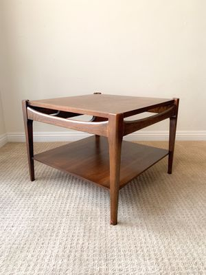 Mid Century Modern MCM Bassett Furniture Square Coffee Table Lamp Side End Table for Sale in San Diego, CA
