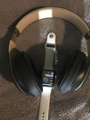 Apple Watch and solo 3 beats over ear noise canceling for Sale in Chicago, IL