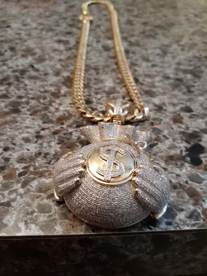 10kt Cuban link chain with money bag pendant for Sale in Ruskin, FL