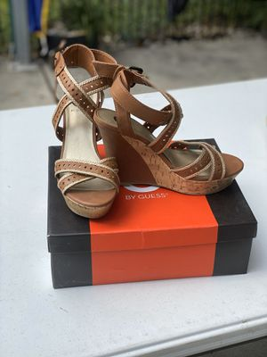Guess wedge heels 8M for Sale in Houston, TX