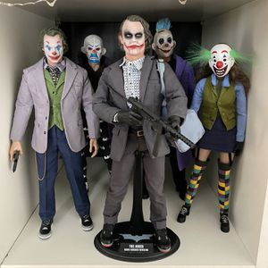 Hot Toys Joker With Gang And Jordan's 1/6 Scale for Sale in Oak Park, IL